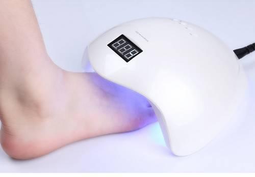 Kynsiuuni LED-UV